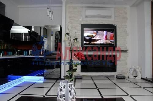 1-комнатная квартира (62м2) в аренду по адресу Петрозаводская ул., 16— фото 5 из 6