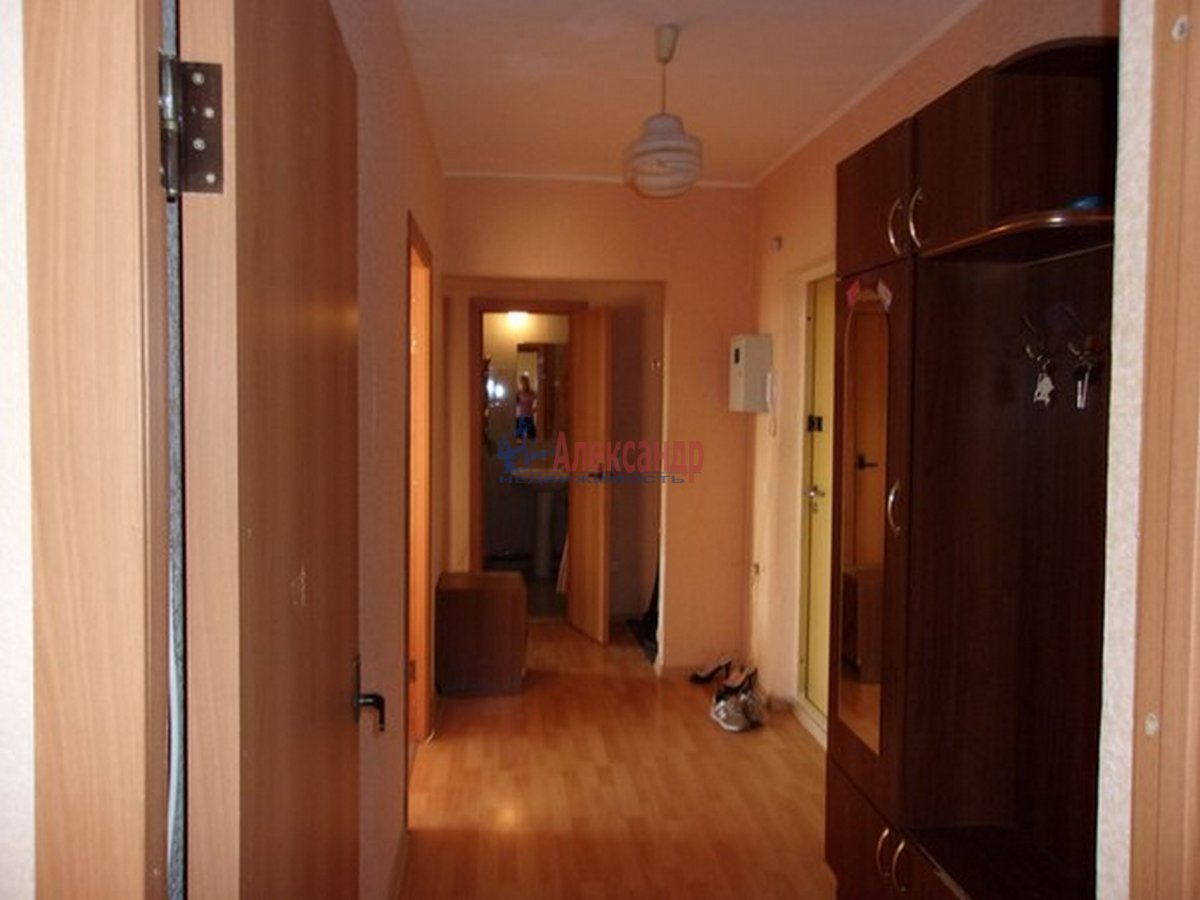 2-комнатная квартира (54м2) в аренду по адресу Красное Село г.— фото 6 из 8