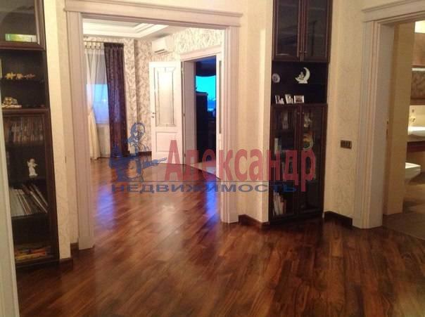 3-комнатная квартира (97м2) в аренду по адресу Луначарского пр., 21— фото 3 из 12