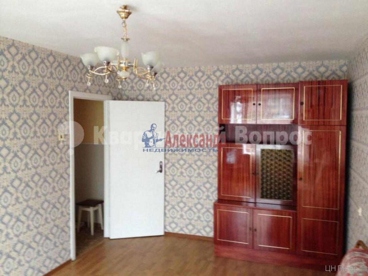 2-комнатная квартира (56м2) в аренду по адресу Лени Голикова ул., 31— фото 3 из 9