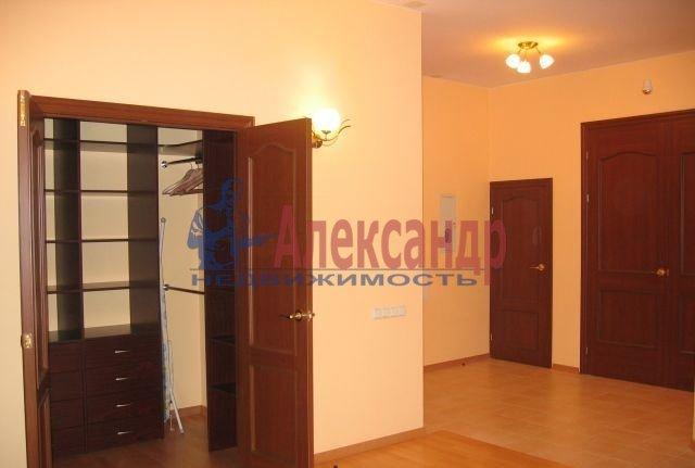 2-комнатная квартира (67м2) в аренду по адресу Ефимова ул., 5— фото 6 из 8