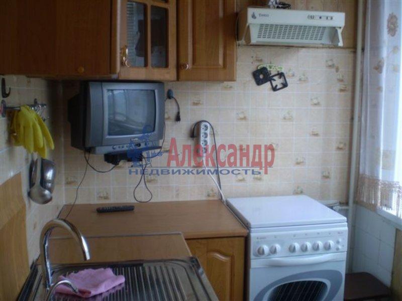 1-комнатная квартира (36м2) в аренду по адресу Союзный пр., 4— фото 1 из 3