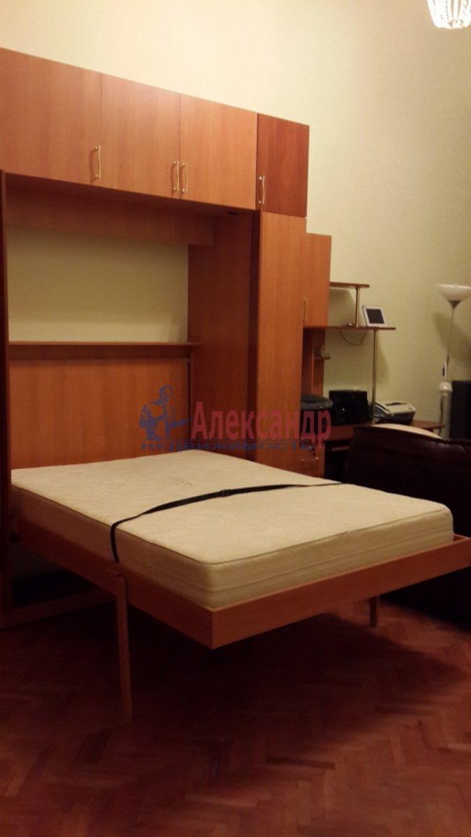 2-комнатная квартира (58м2) в аренду по адресу Радищева ул., 15— фото 10 из 10