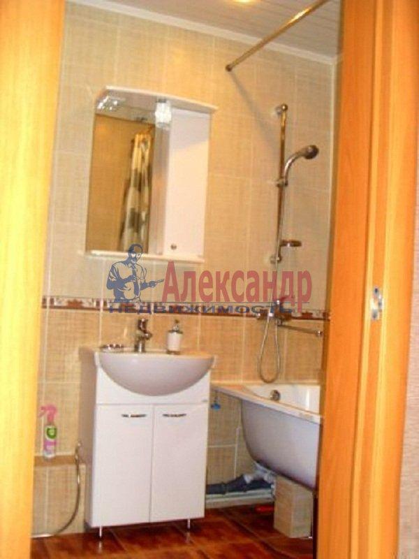 2-комнатная квартира (58м2) в аренду по адресу Яхтенная ул., 7— фото 5 из 6