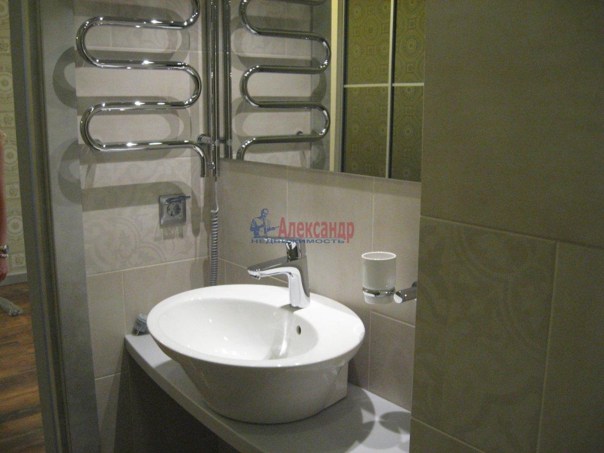 3-комнатная квартира (111м2) в аренду по адресу Беринга ул., 5— фото 6 из 32