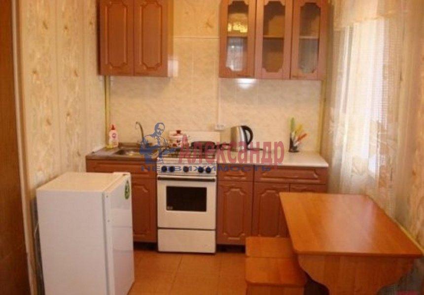 1-комнатная квартира (38м2) в аренду по адресу Сикейроса ул., 6— фото 2 из 4