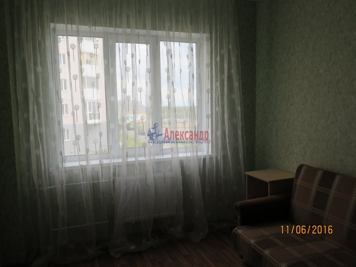 1-комнатная квартира (36м2) в аренду по адресу Ветеранов пр., 78— фото 2 из 5