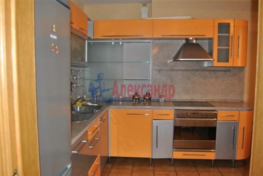 1-комнатная квартира (40м2) в аренду по адресу Кирочная ул., 17— фото 1 из 2