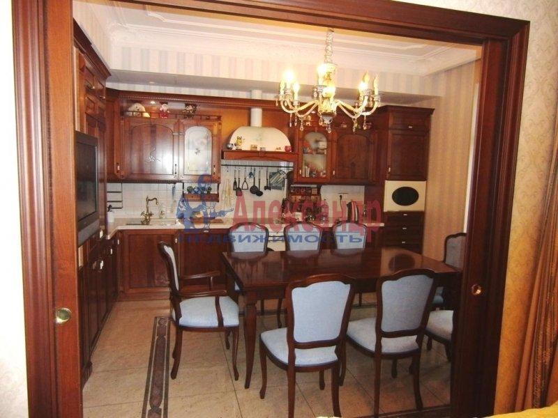 1-комнатная квартира (47м2) в аренду по адресу Тверская ул., 15— фото 2 из 6