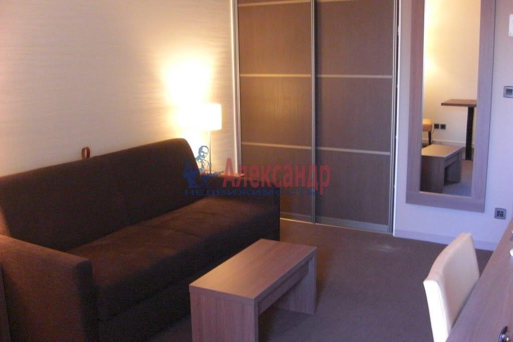 Комната в 2-комнатной квартире (58м2) в аренду по адресу Ленсовета ул., 88— фото 1 из 1