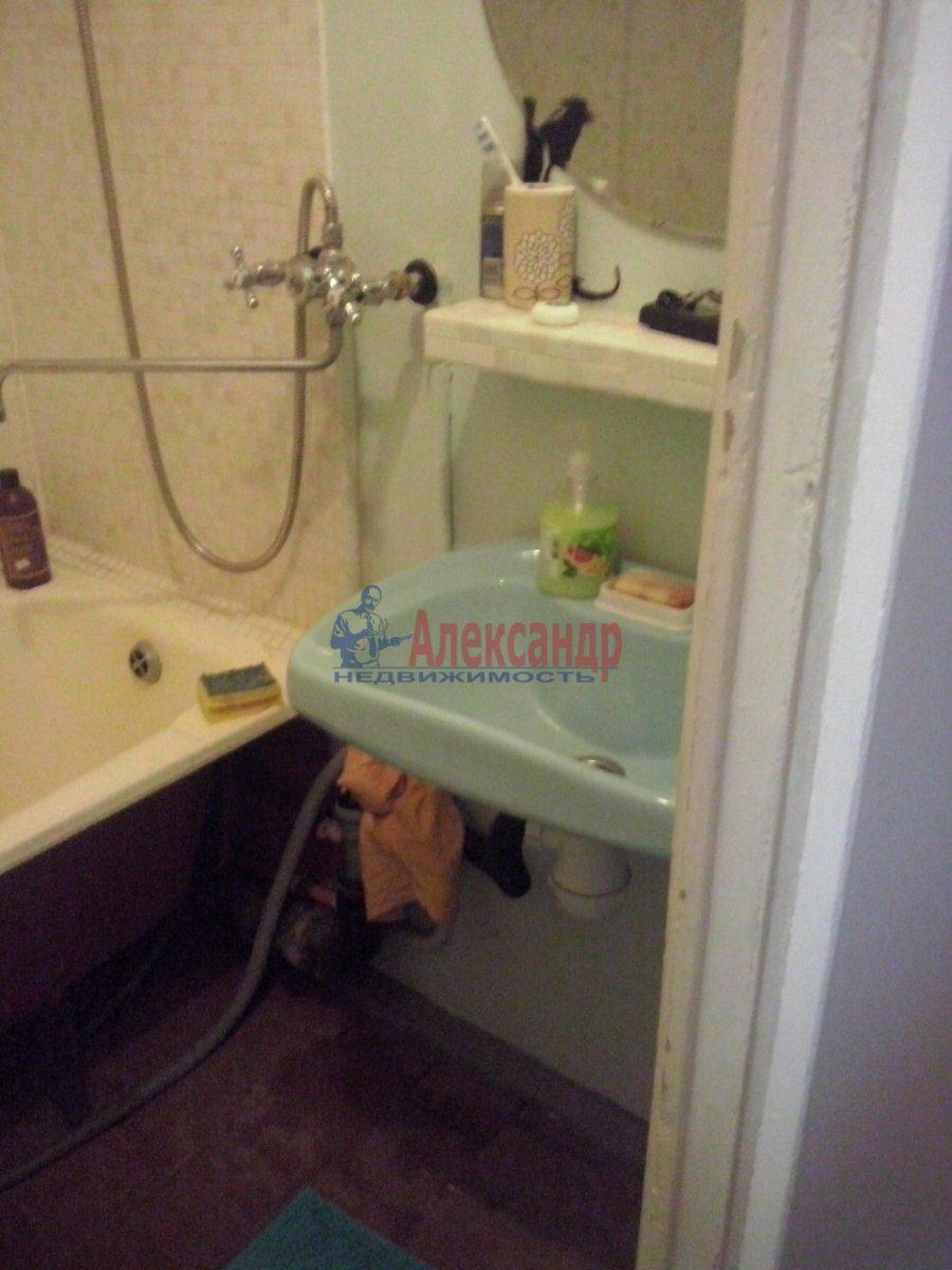 1-комнатная квартира (40м2) в аренду по адресу Малая Подьяческая ул., 12— фото 4 из 8
