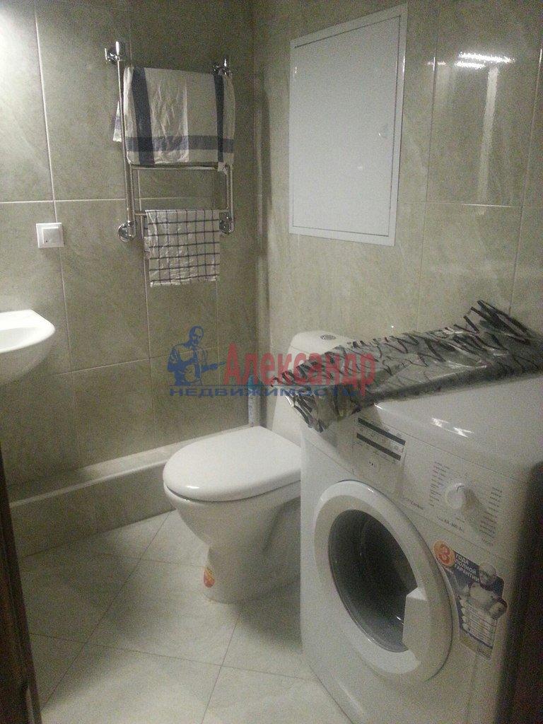 1-комнатная квартира (39м2) в аренду по адресу Петергофское шос., 59— фото 2 из 7