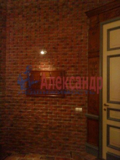 1-комнатная квартира (95м2) в аренду по адресу Большая Конюшенная ул., 17— фото 8 из 9