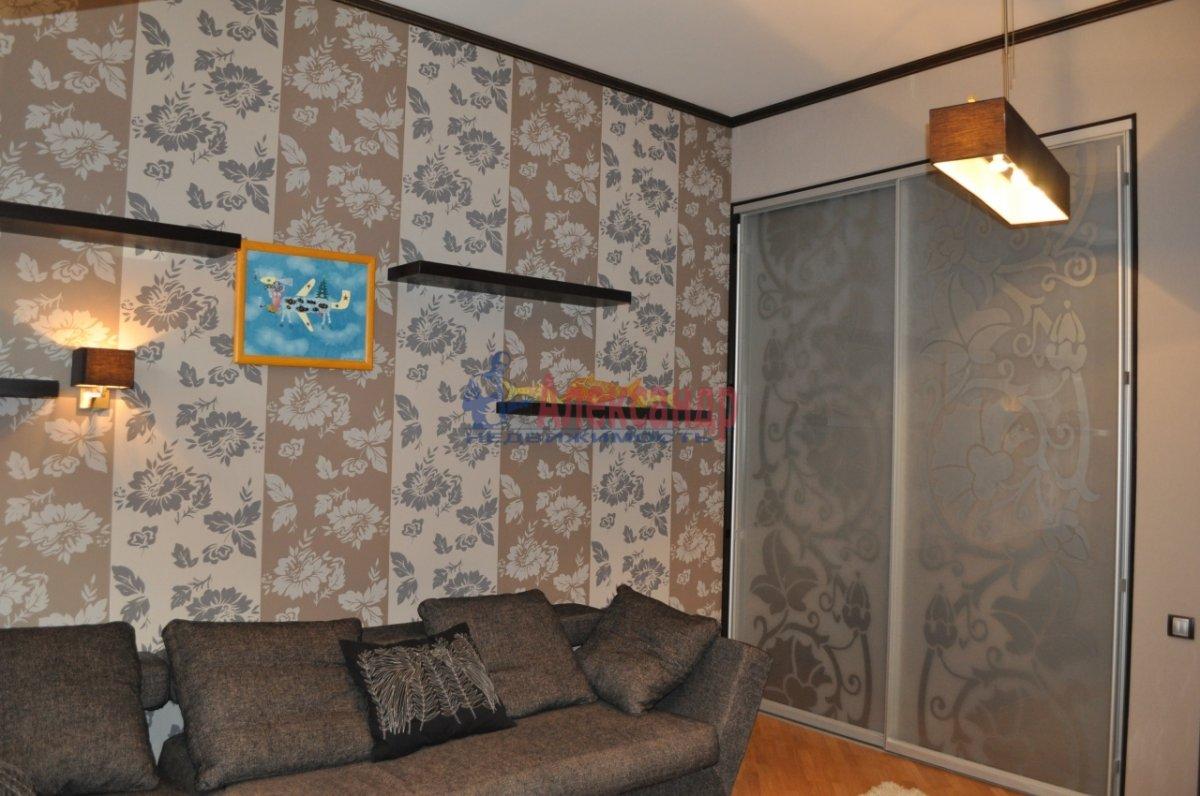 1-комнатная квартира (48м2) в аренду по адресу Мытнинская ул., 2— фото 1 из 7