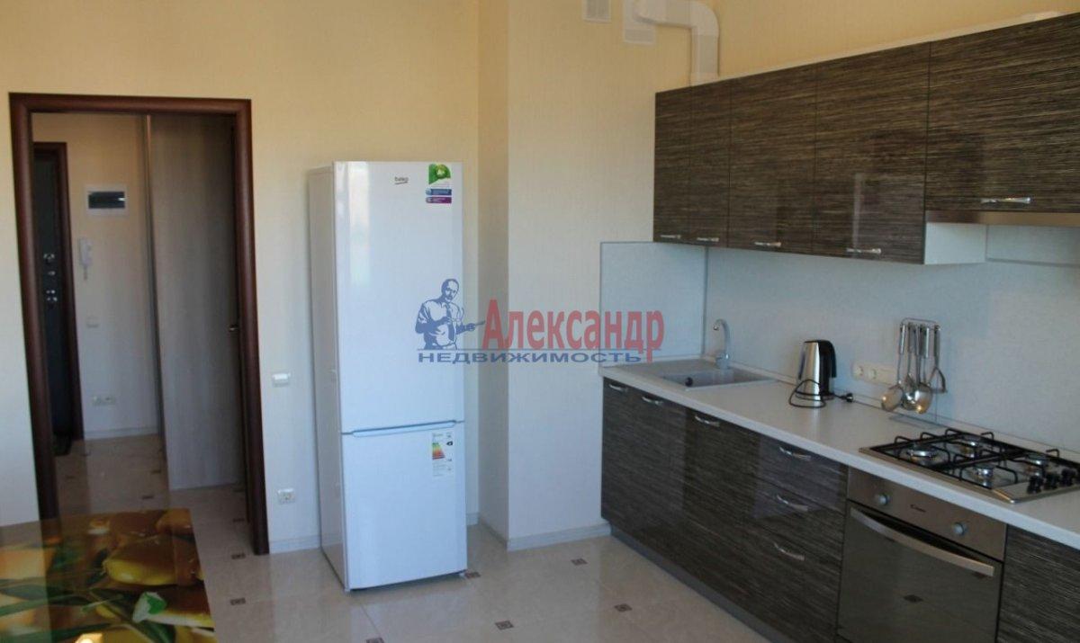 1-комнатная квартира (42м2) в аренду по адресу Ушинского ул., 2— фото 7 из 10