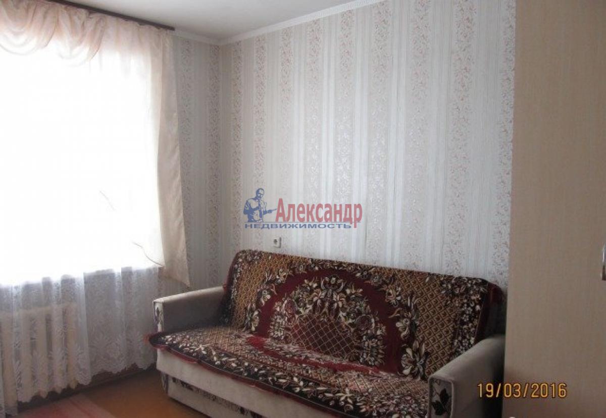 Комната в 3-комнатной квартире (68м2) в аренду по адресу Зайцева ул., 9— фото 1 из 3