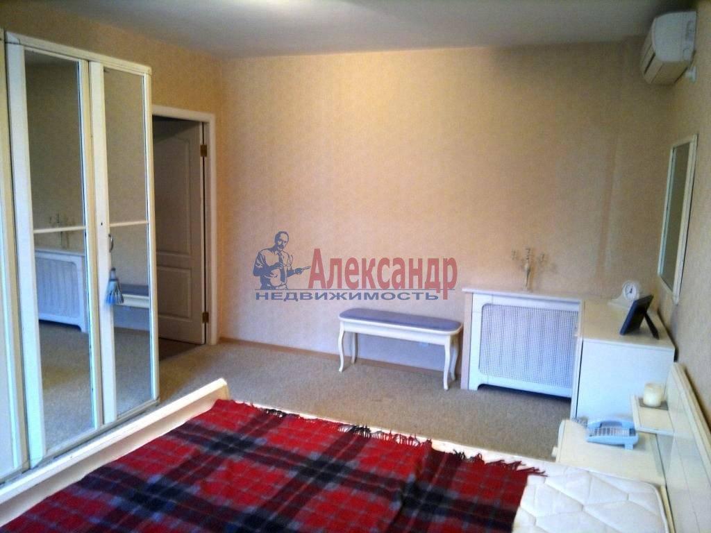 2-комнатная квартира (60м2) в аренду по адресу Гагаринская ул., 13— фото 1 из 10