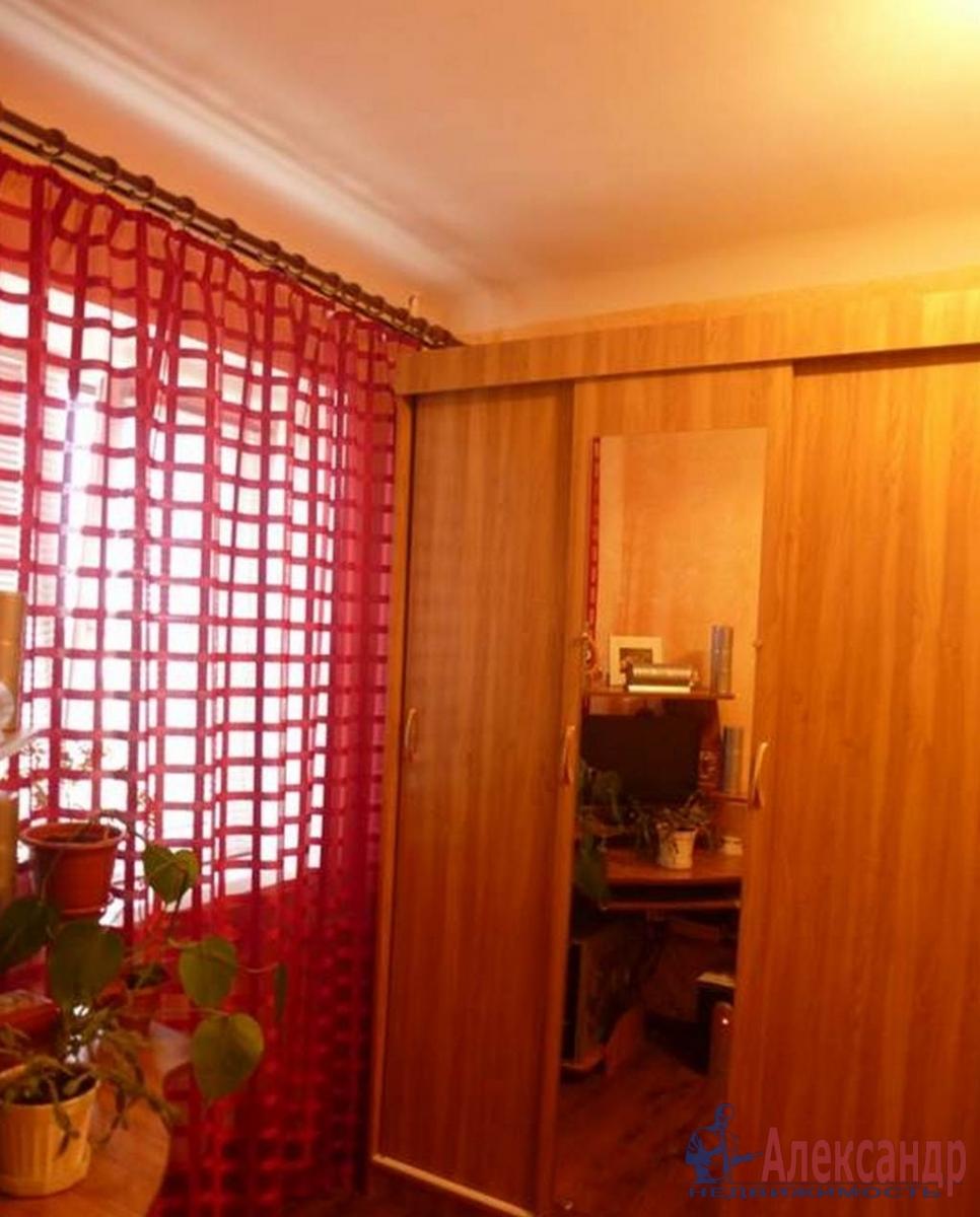 2-комнатная квартира (39м2) в аренду по адресу Кузнецова пр., 17— фото 2 из 5