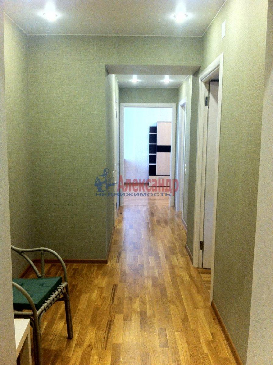 2-комнатная квартира (54м2) в аренду по адресу Новосмоленская наб., 1— фото 3 из 15