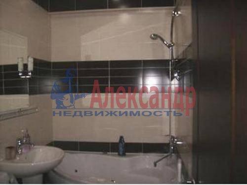 2-комнатная квартира (60м2) в аренду по адресу Космонавтов просп., 65— фото 3 из 6