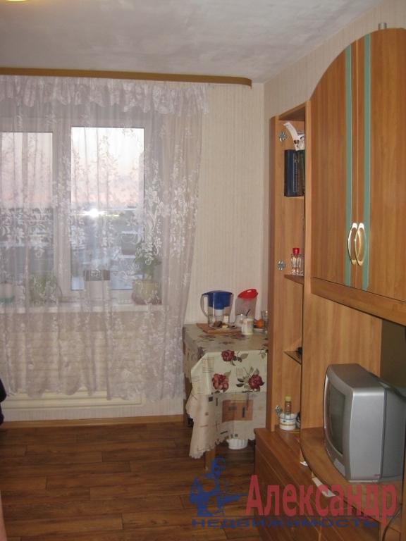 Комната в 3-комнатной квартире (45м2) в аренду по адресу Стойкости ул., 38— фото 1 из 4