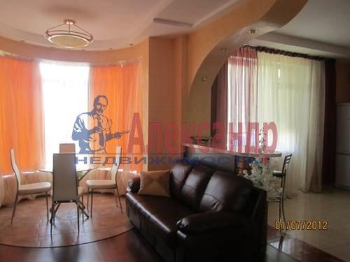 2-комнатная квартира (57м2) в аренду по адресу Композиторов ул., 31— фото 5 из 7