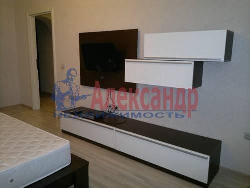 2-комнатная квартира (79м2) в аренду по адресу Ленинский пр., 109— фото 4 из 8