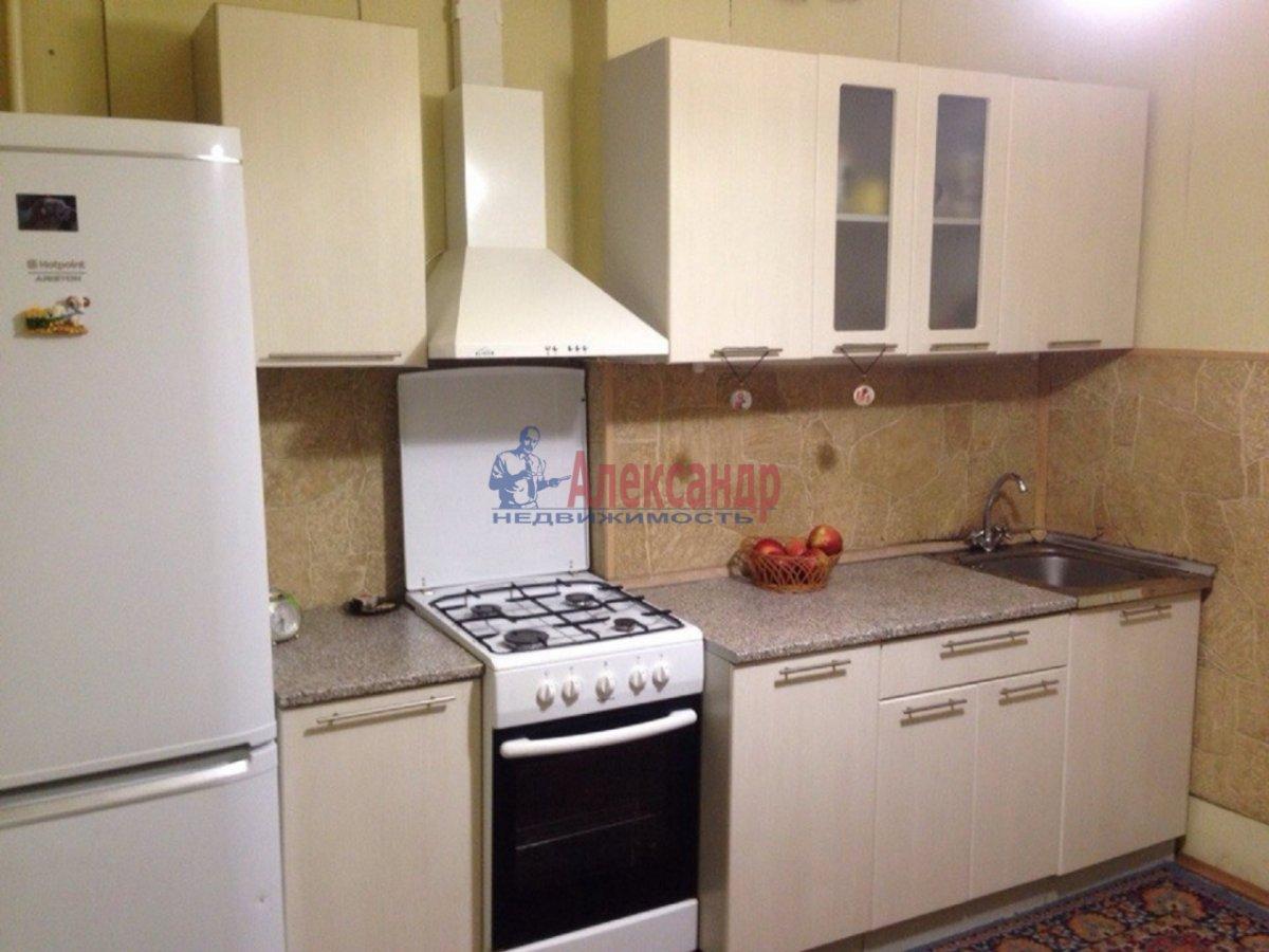 2-комнатная квартира (59м2) в аренду по адресу Опочинина ул., 27— фото 1 из 4