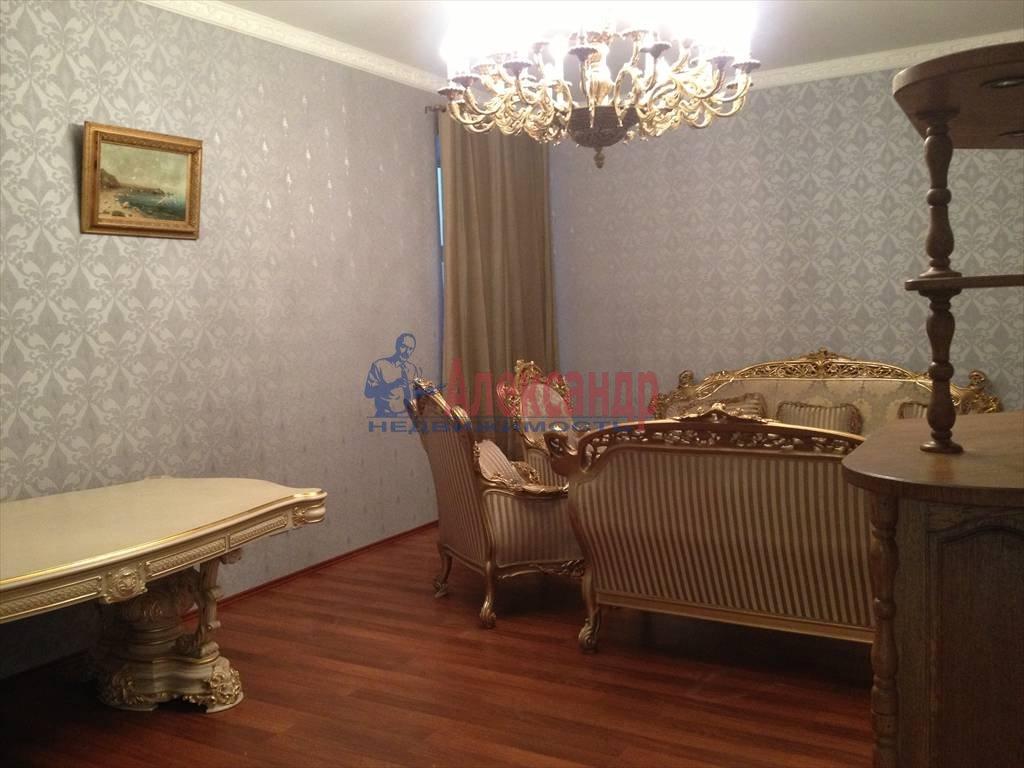 3-комнатная квартира (114м2) в аренду по адресу Чехова ул., 11/13— фото 8 из 9