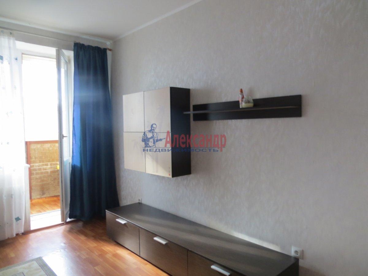1-комнатная квартира (36м2) в аренду по адресу 11 линия В.О., 44— фото 2 из 4