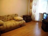 1-комнатная квартира (36м2) в аренду по адресу Орджоникидзе ул., 26— фото 1 из 2