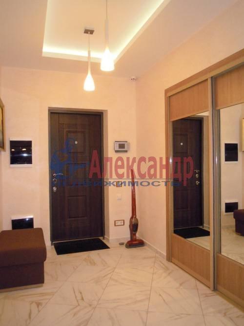 2-комнатная квартира (80м2) в аренду по адресу Свердловская наб., 58— фото 2 из 14
