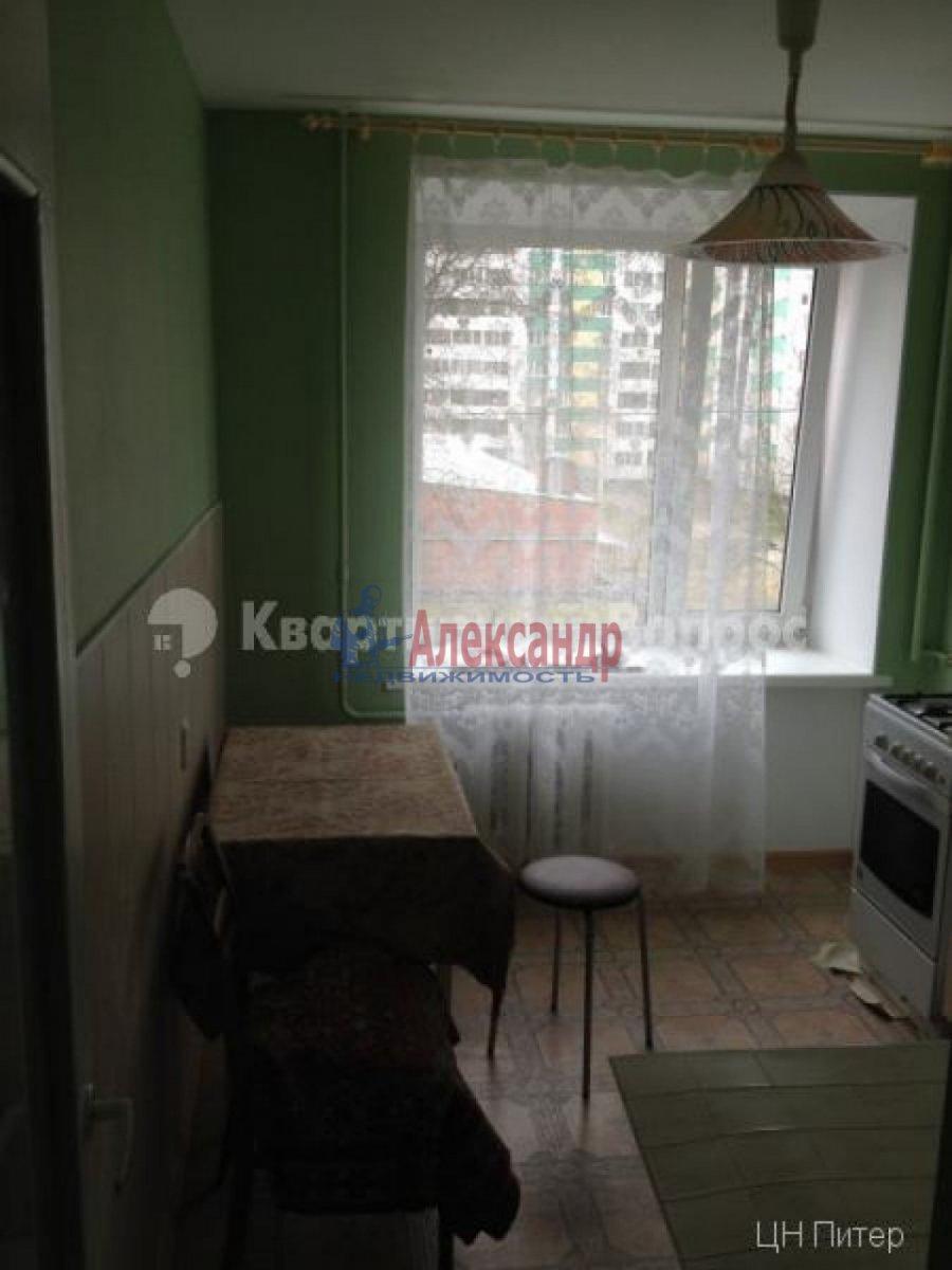 2-комнатная квартира (56м2) в аренду по адресу Лени Голикова ул., 31— фото 4 из 9