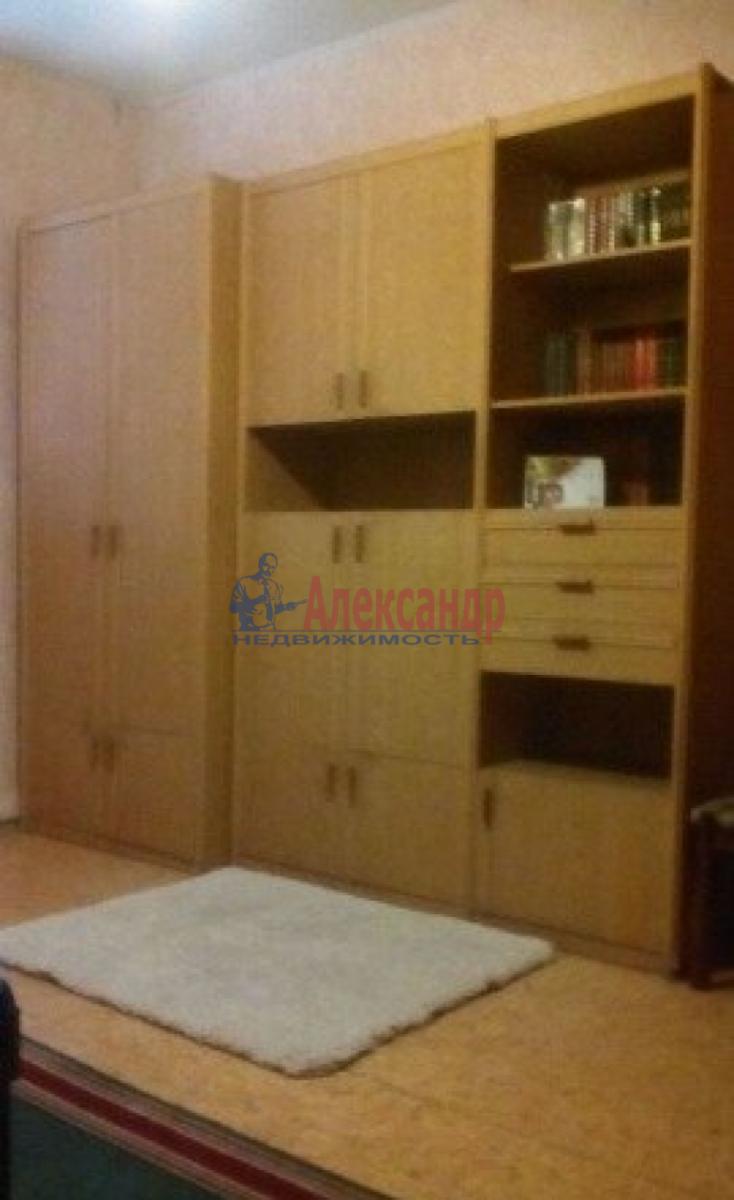 Комната в 4-комнатной квартире (102м2) в аренду по адресу Союза Печатников ул., 10— фото 2 из 5