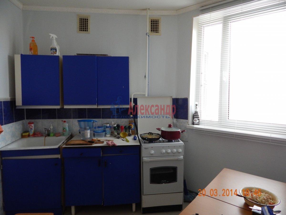 1-комнатная квартира (32м2) в аренду по адресу Будапештская ул., 14— фото 2 из 2