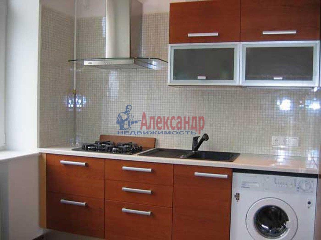 2-комнатная квартира (45м2) в аренду по адресу Автовская ул., 40— фото 1 из 2