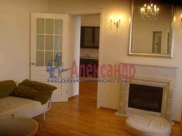 4-комнатная квартира (100м2) в аренду по адресу Большая Конюшенная ул., 15— фото 1 из 9