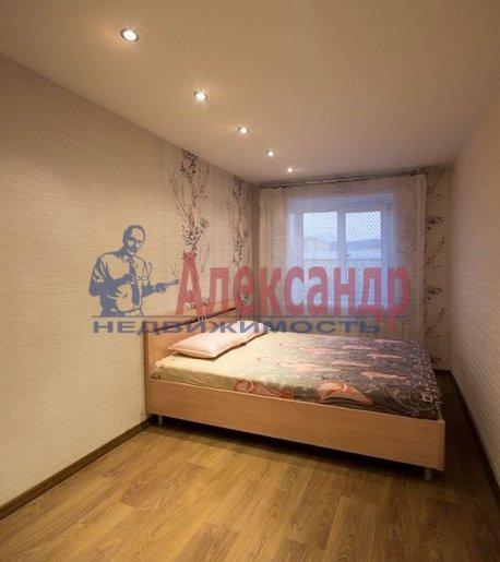 2-комнатная квартира (69м2) в аренду по адресу Союзный пр., 4— фото 3 из 6