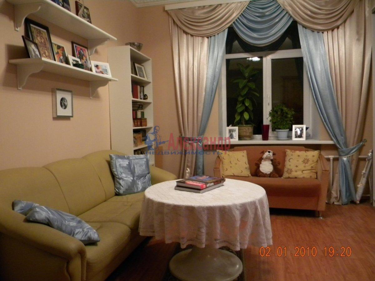 1-комнатная квартира (40м2) в аренду по адресу Комиссара Смирнова ул., 8— фото 1 из 7