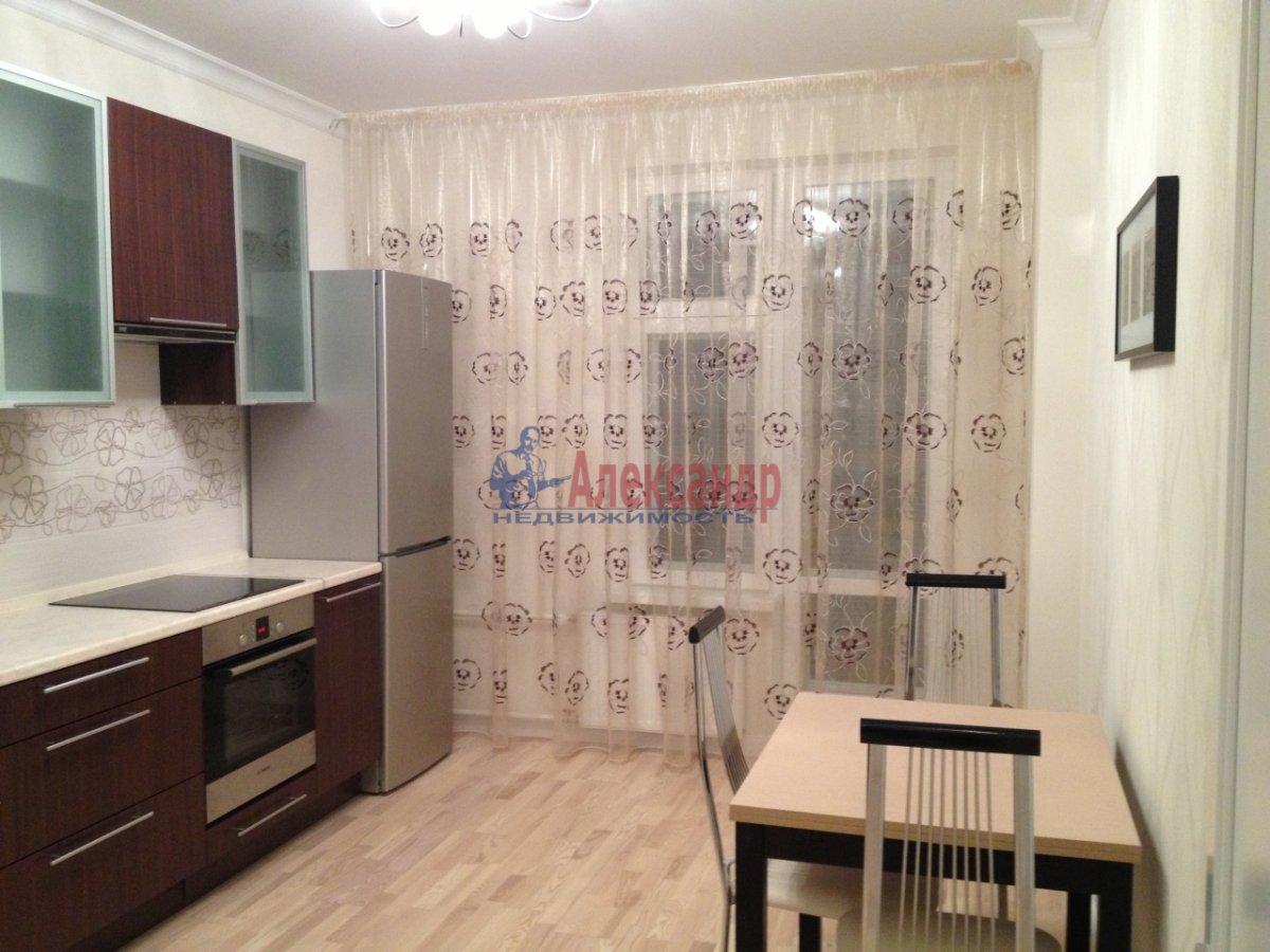 1-комнатная квартира (43м2) в аренду по адресу Загребский бул., 9— фото 1 из 11