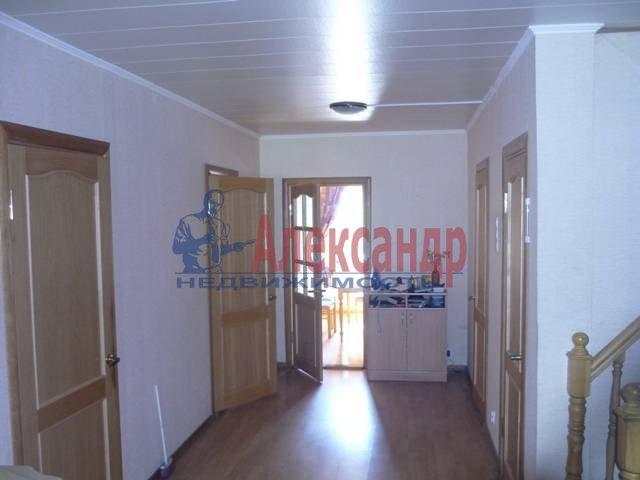 Дом (350м2) в аренду — фото 1 из 9