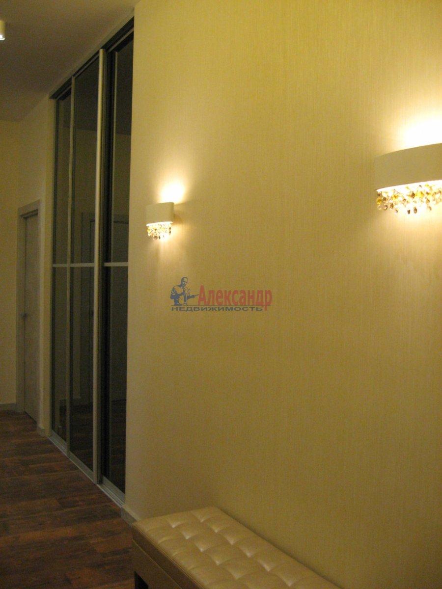 3-комнатная квартира (111м2) в аренду по адресу Беринга ул., 5— фото 9 из 32