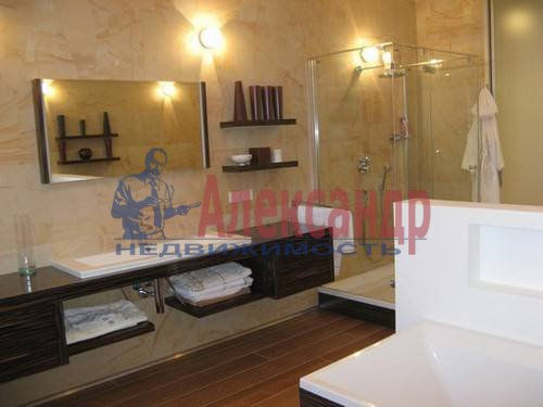 4-комнатная квартира (160м2) в аренду по адресу Вязовая ул., 10— фото 12 из 13