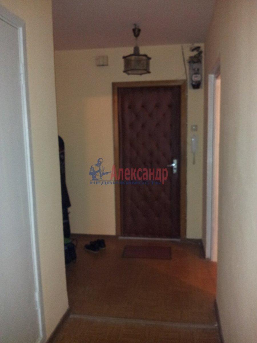 1-комнатная квартира (32м2) в аренду по адресу Комендантский пр., 32— фото 3 из 5