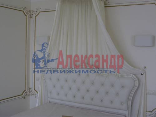 2-комнатная квартира (73м2) в аренду по адресу Корпусная ул., 9— фото 2 из 8