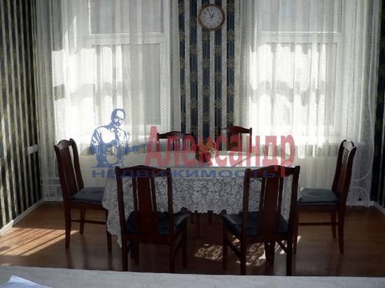 4-комнатная квартира (150м2) в аренду по адресу Куйбышева ул.— фото 2 из 5