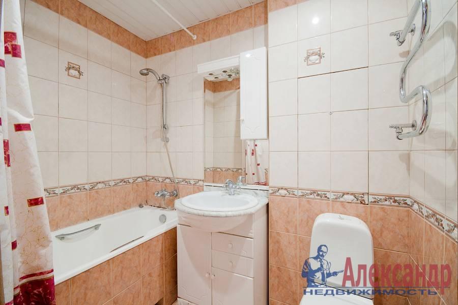 2-комнатная квартира (78м2) в аренду по адресу Кузнецовская ул., 8— фото 8 из 8