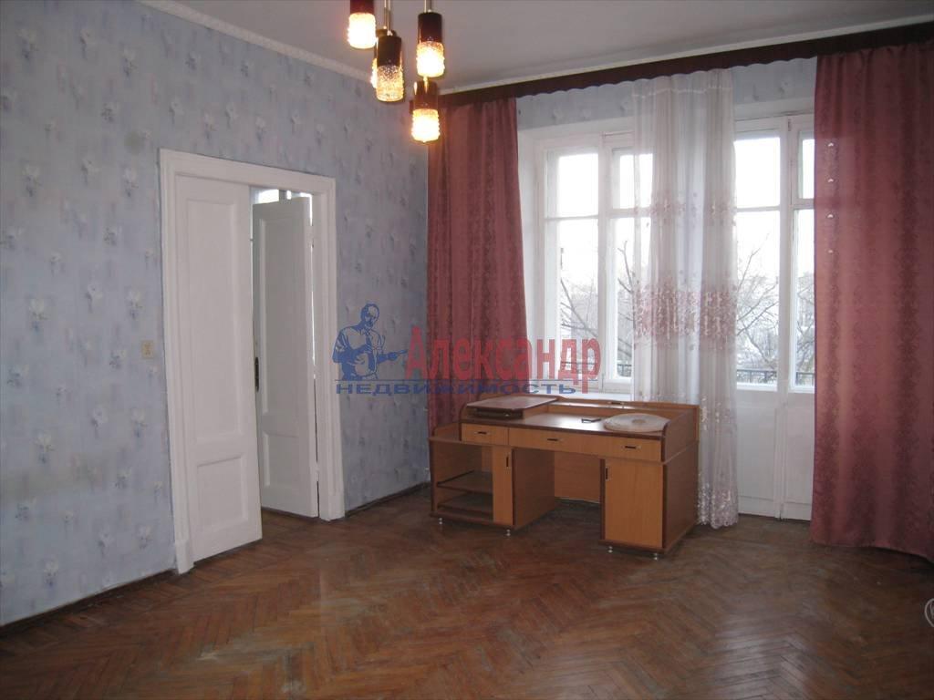 4-комнатная квартира (110м2) в аренду по адресу Академика Павлова ул., 16— фото 1 из 5