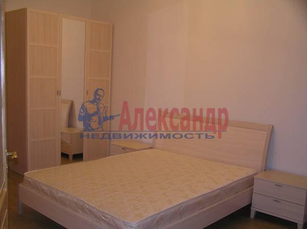 3-комнатная квартира (70м2) в аренду по адресу Чайковского ул., 69— фото 3 из 5