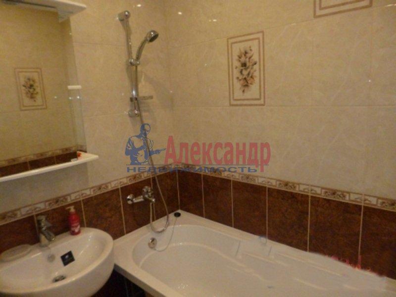 1-комнатная квартира (38м2) в аренду по адресу Мурино пос., Новая ул., 7— фото 2 из 3